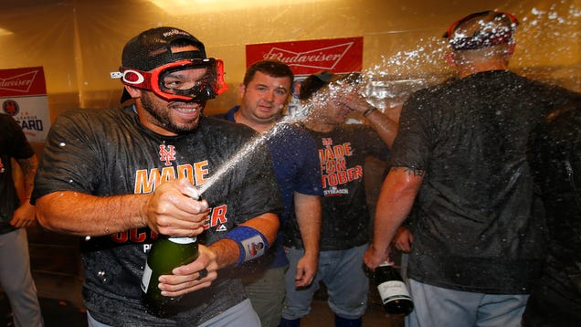 Mets' Playoff Celebration Includes Completely Naked Guy