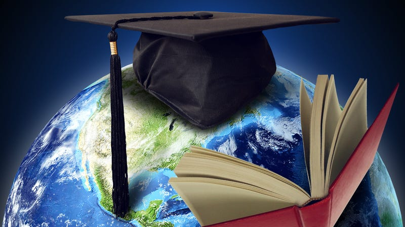 Illustration for article titled Should I Study Abroad?