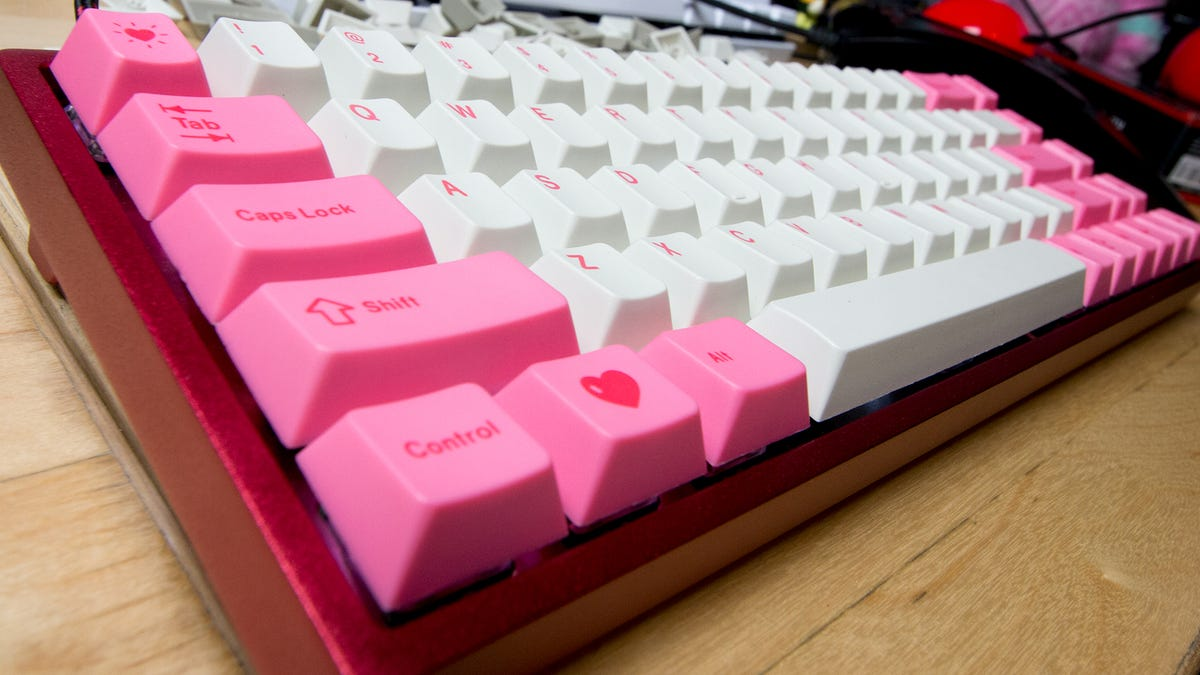 Swapping Keycaps Is The Key To Having A Pretty Keyboard