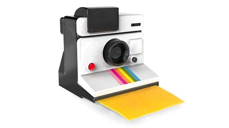Illustration for article titled This Polaroid Produces Instant Slices Of Cheesy Deliciousness