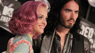 Illustration for article titled Katy Perry Makes Her First Appearance Post-Russell Brand