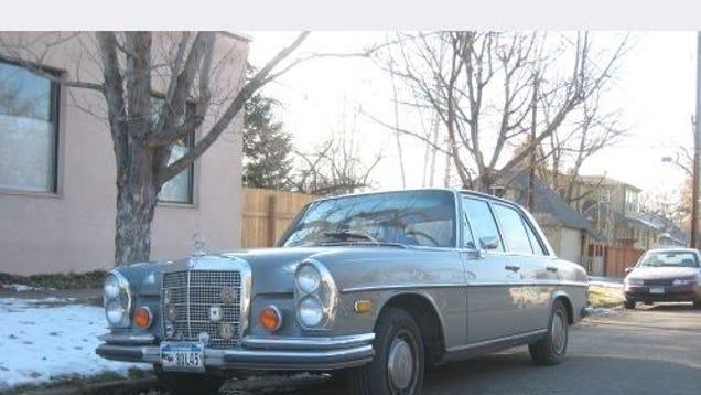 Mercedes benz 280se 4 5 down on the denver street for Mercedes benz dealer denver