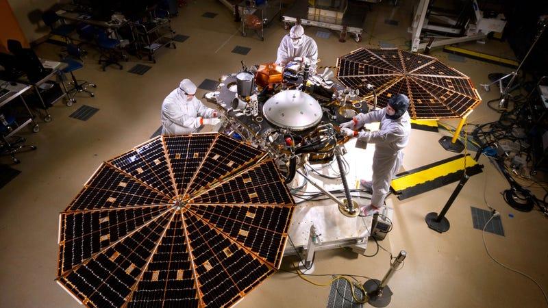 Illustration for article titled Sigue en directo el aterrizaje de la sonda InSight en Marte