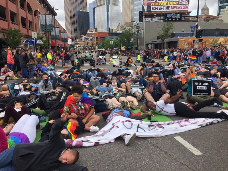 A Black Lives Matter Die-In at the Twin Cities Pride Festival in Minneapolis (@susanelizabethl via Twitter)