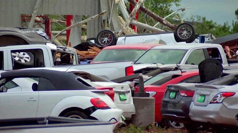 Illustration for article titled This Is What It Looks Like When A Tornado Hits A Car Dealership
