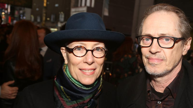 Illustration for article titled Artist and filmmaker Jo Andres, married for many years to Steve Buscemi, has died