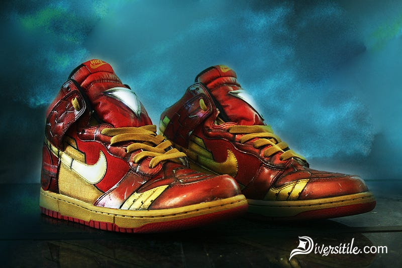 new styles f95a3 9d161 Illustration for article titled Iron Man Nikes Light Up Like Tony  Stark  39 s
