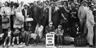 Mourners of Martin Luther King Jr. in April 1968 (Keystone/Hulton Archive/Getty Images)