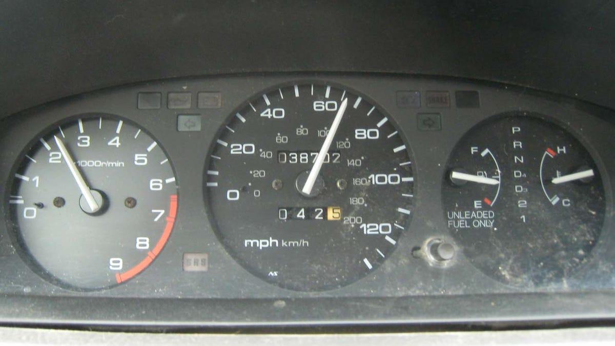 Adventures In Speedometer Replacement, or: How Honda Builds Good