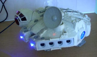 Illustration for article titled This Dreamcast Made The Kessel Run In Less Than 12 Parsecs