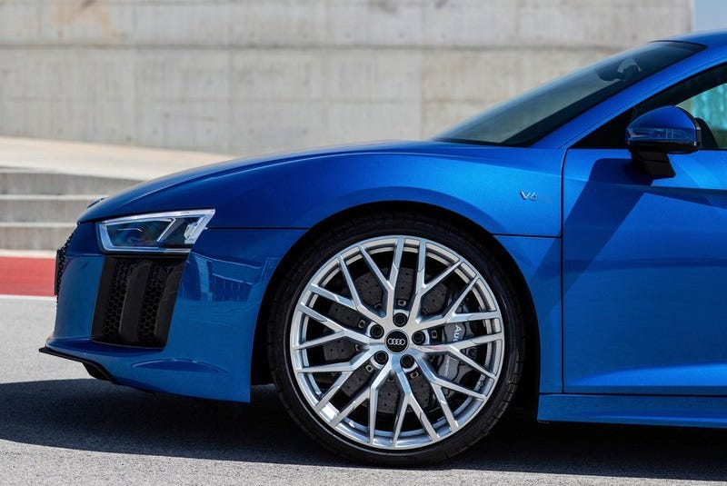 Illustration for article titled Audi Is Planning A V6 R8 For 2018: Report