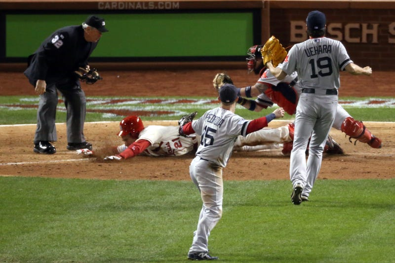 Illustration for article titled Here's The Obstruction Rule That Won Game 3 For The Cardinals