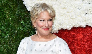 Illustration for article titled Bette Midler Was Not Impressed With Bieber's Naked Butt