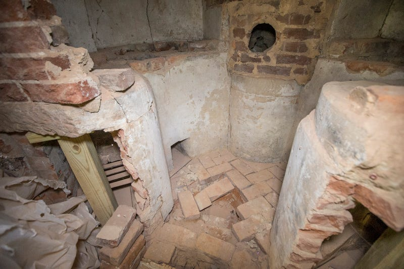 Thomas Jefferson's Lost Chemistry Lab Found Hidden Behind Wall
