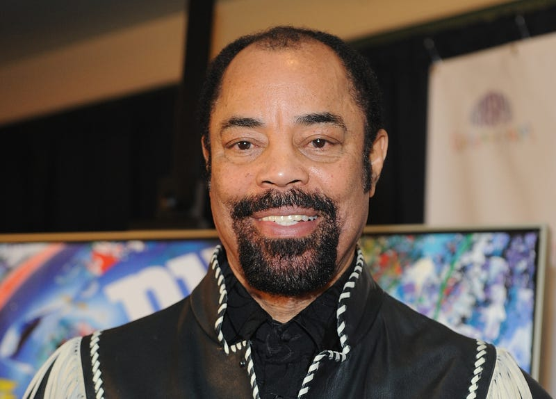 """Illustration for article titled How Many Times Does Clyde Frazier Say """"Dishing and Swishing"""" Per Game?"""
