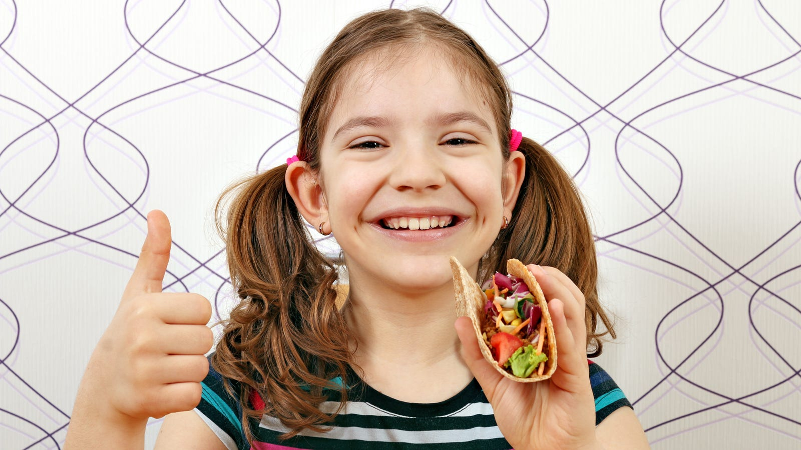 Adorable kid's Taco Bell birthday party sends Takeout staff into shame spiral