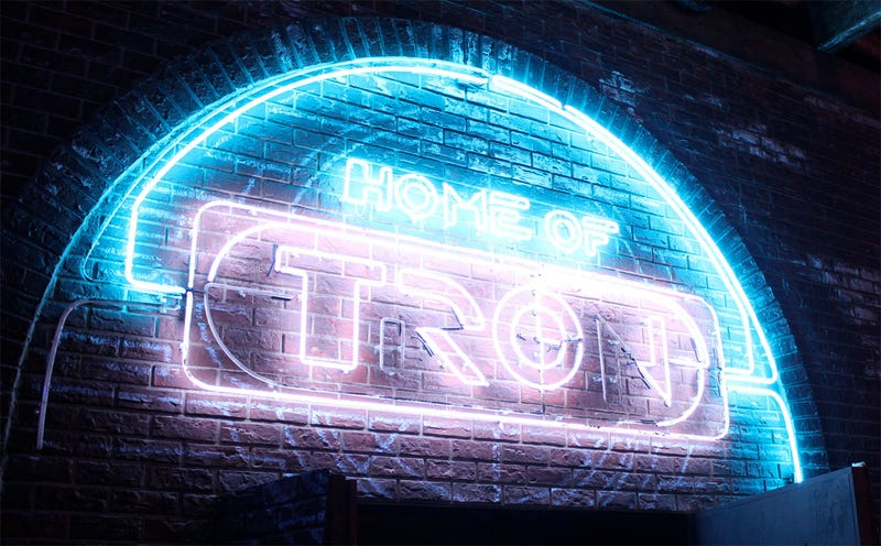 Illustration for article titled Take A Visual Tour Of Tron: Legacy's New 'Flynn's Arcade'