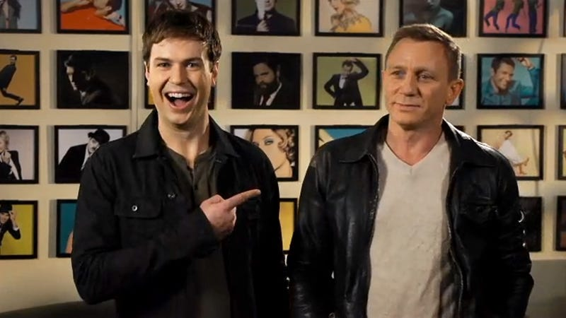 Illustration for article titled These Awesome Daniel Craig SNL Promos Will Charm Your Pants Off