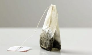 Illustration for article titled Nanotech tea bag creates safe drinking water instantly, for less than a penny