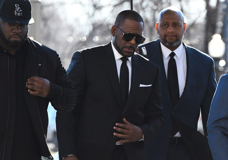 Illustration for article titled R. Kelly Loses Sexual Abuse Case After Failing to Show Up in Court
