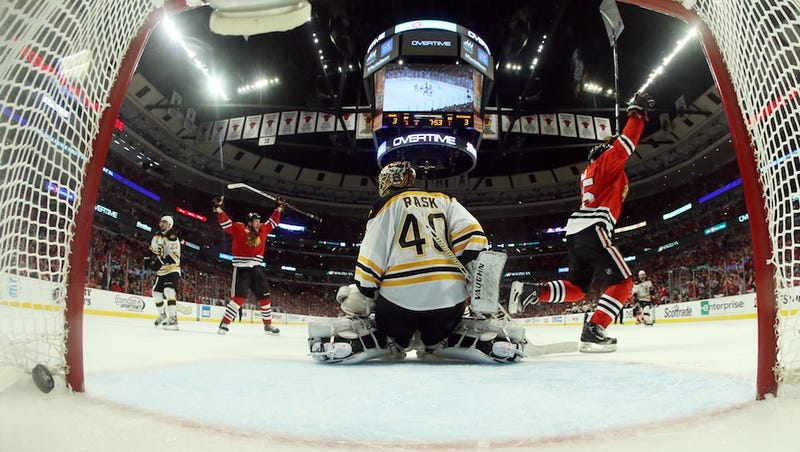 Illustration for article titled Chicago's Win: 112 Minutes, Two Empty Bruins, And One Pinball Wizard