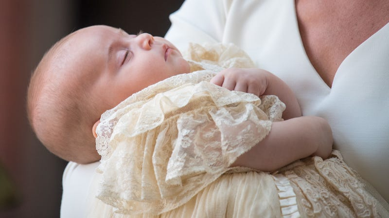 Illustration for article titled Prince Louis, Already Bored of This Royalty Shit, Arrives Sound Asleep for His Own Christening