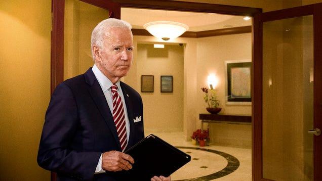 Biden Campaigns Door-To-Door In JPMorgan Chase Headquarters