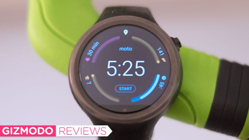 Illustration for article titled Moto 360 Sport Review: Horrible Software Sinks It