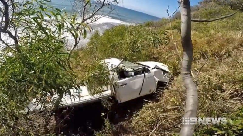 (Hilux hanging off Australia's Sea Cliff Bridge