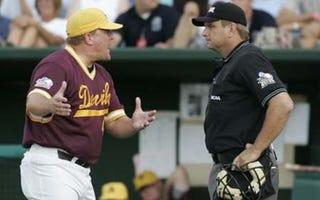 Illustration for article titled Blame Drew: ASU Baseball Coach Pat Murphy Resigns