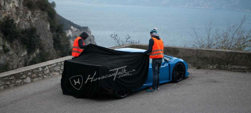 Illustration for article titled Is This The Lamborghini Huracan SV Out In The Wild Already?
