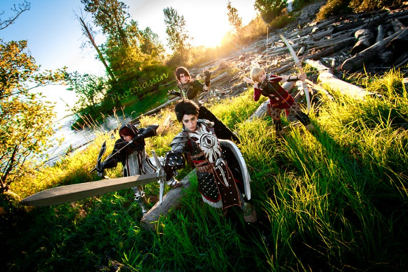 Illustration for article titled This All-Ladies Dragon Age: Inquistion Cosplay group is simply awesome