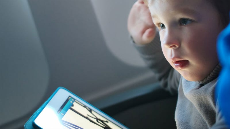 Illustration for article titled Can Babies Become Addicted to iPads and Smartphones?