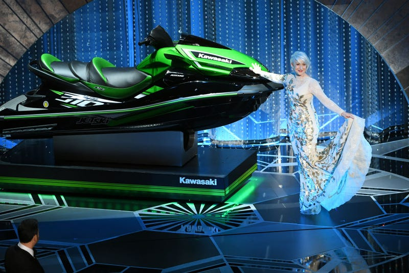 Illustration for article titled Jimmy Kimmel promises a jet ski to whoever gives the shortest acceptance speech tonight