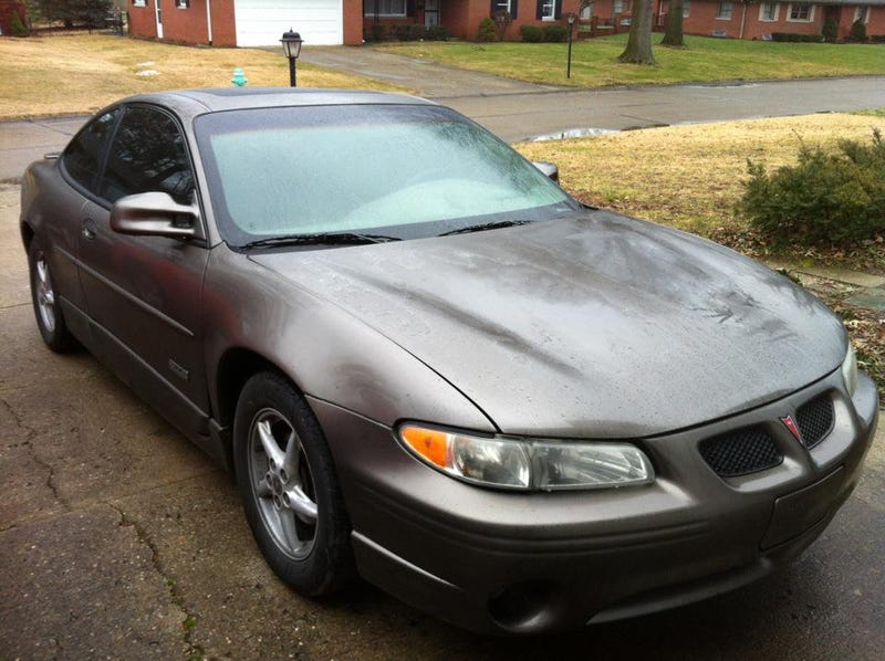 my awful luck with cars part 4 2000 pontiac grand prix gtp. Black Bedroom Furniture Sets. Home Design Ideas