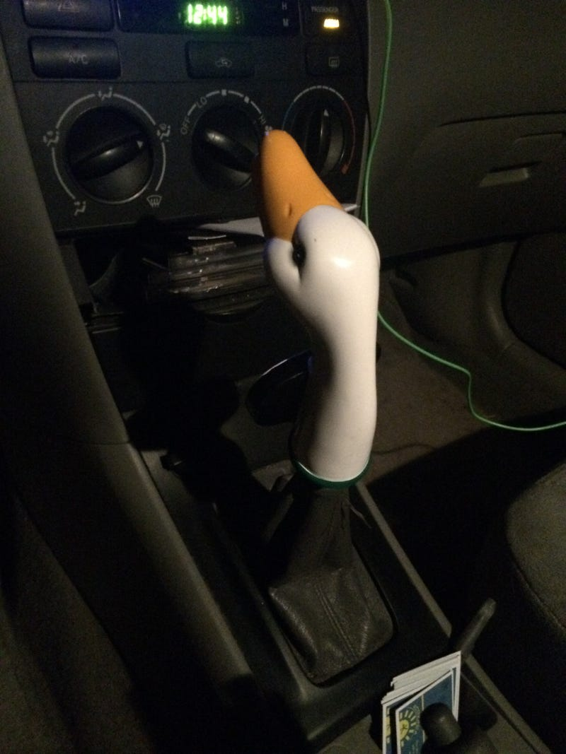 Illustration for article titled I figured Oppo would enjoy my friend's Goose Island tap shift knob