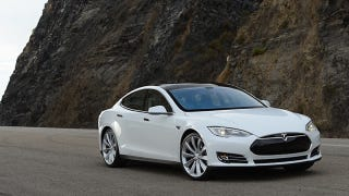Illustration for article titled Updated Tesla Model S With Cameras Revealed By Software Update