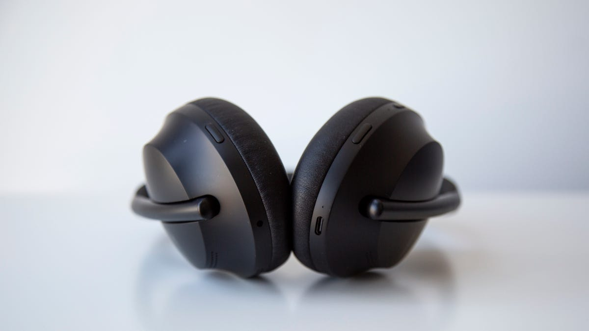 Bose Noise Canceling Headphones 700 Review: Bose Is Back