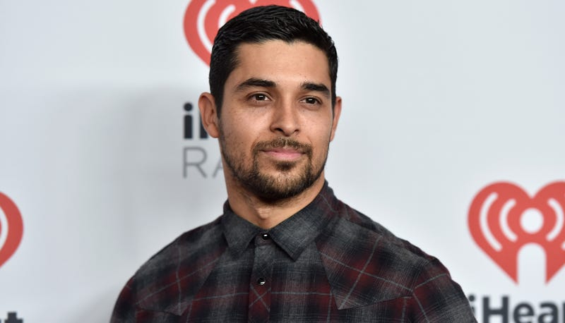 Illustration for article titled Wilmer Valderrama Is His Own Best Friend