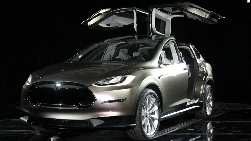 Illustration for article titled The Tesla Model X Looks Like A Fat Electric DeLorean