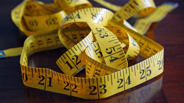 The Right Way to Measure Your Waist Size and Check Your Health