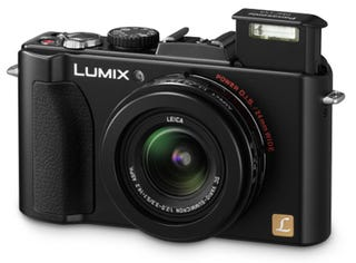 Illustration for article titled First Reviews of Panasonic's Lumix LX5 Are Very Positive