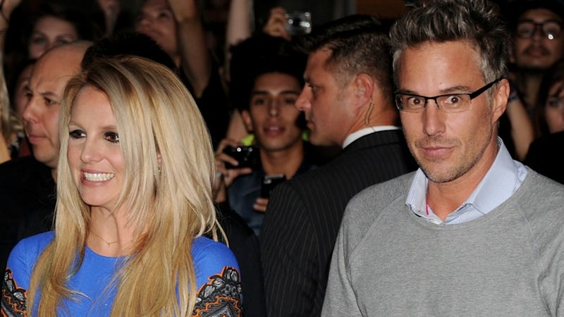 Illustration for article titled Britney Spears and Jason Trawick Decide to Not Be Photographed Together Anymore