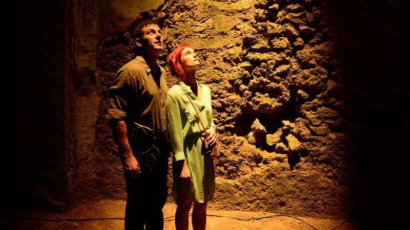 Jason Isaacs, Alison Sudol (Ronen Akerman/USA Network)