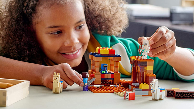 The Latest LEGO Minecraft Building Kits Are 20% off at Amazon