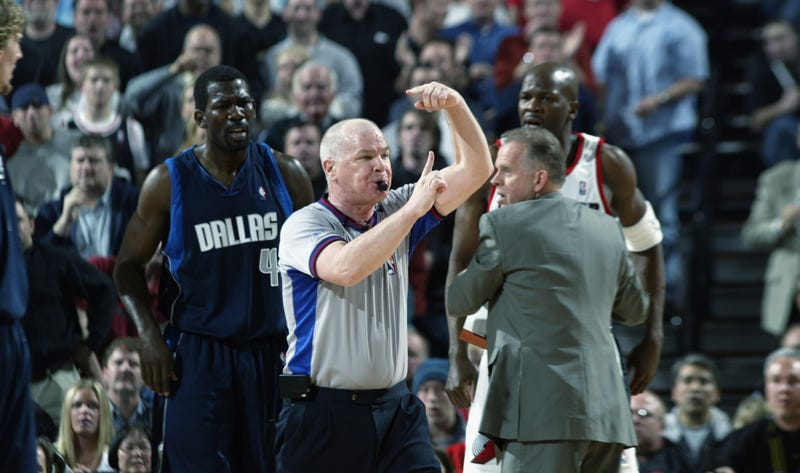 Illustration for article titled Troll King Joey Crawford Is Retiring