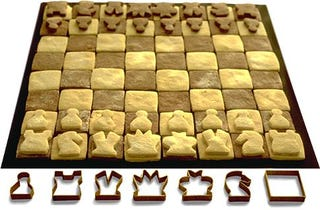 Illustration for article titled Play Your Chess and Eat It Too