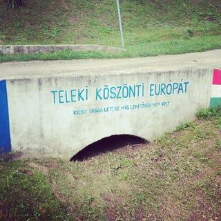 Illustration for article titled Mitől ennyire rendszerkritikus ez a kis magyar falu?