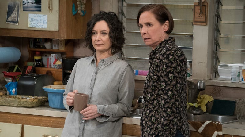 Sara Gilbert and Laurie Metcalf in The Conners
