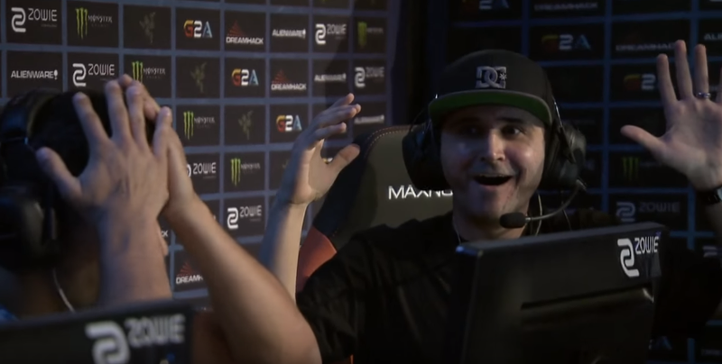 Illustration for article titled Popular Counter-Strike Streamer Fails Hilariously At Pro Event, Becomes Meme